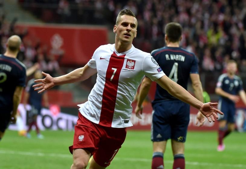 [VIDEO] Arcadiusz Milik, paragonato a Robert Lewandowski, è stato inserito nella lista dei migliori calciatori nati dopo il 1991